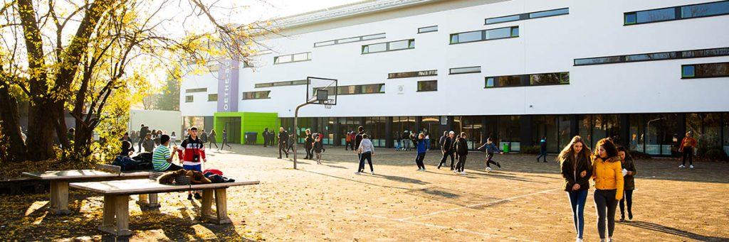 Bild: Schulpause an der Goethe-Realschule plus Koblenz